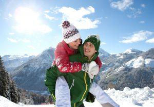 Pärchen im Schnee - Hotel Hutter