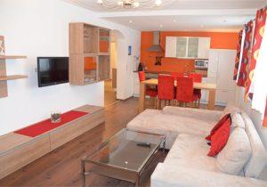 Wohnbereich, Küche der Suite modern